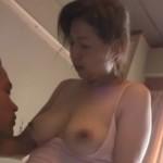 生ハメセックスする五十路ママさん・宮内静子