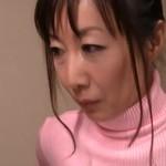 淫らな熟年主婦・真木静乃が若者の巨チンを求める